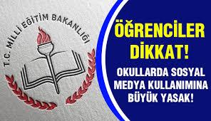 Liseliler Dikkat: MEB, Okullarda Sosyal Medya Kullanımına Yasak Getirdi!